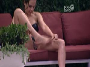 Ana Paula Do BBB16 Mostrando a Bucetinha Peluda