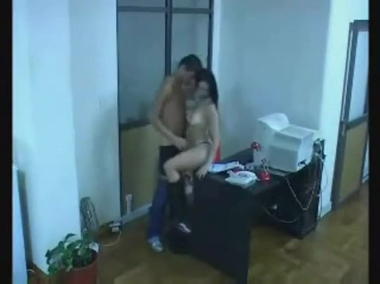 смотреть видео скрытой камерой на приеме у начальницы мой друг