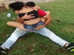 Casal Flagrado No Parque Ibirapuera SP Parte 02