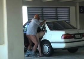 Voyeur Flagra Sexo No Estacionamento