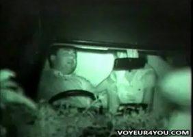 Olha aí o casal fudendo dentro do carro e foi flagrado - http://www.flagras.blog.br