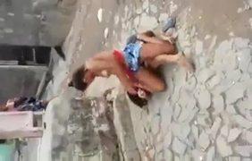 Briga De Faveladas Gostosas Acaba Com Safada Pagando Peitinho Gostoso