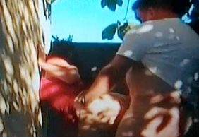Flagra Vizinha Casada Fodendo Com Amigo No Lote Abandonado Ao Lado De Sua Casa - http://www.flagras.blog.br