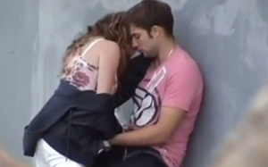 Flagra De Casal De Namorados Fazendo Sexo Gostoso No Beco Da Rua