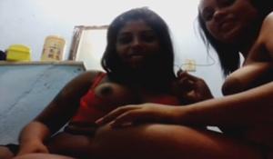 Lésbicas negras novinhas se chupando ao vivo na webcam