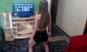 flagras novinha dançando