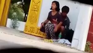 Flagra no ponto de ônibus casal transando em local público