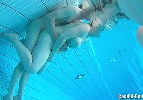 Flagras bbb pegação na piscina