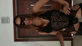 Anitta caiu na net com vídeo fantasiada de tiazinha