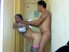 Camareira transando com hospede dotado do apartamento