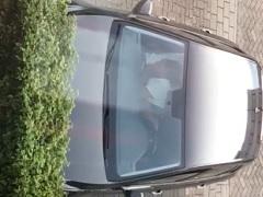 Flagra mulher chupando é punhetando homem dentro do carro